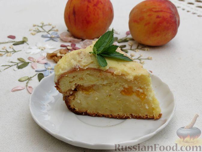 Творожный пирог с персиками, цедрой и сметанной заливкой