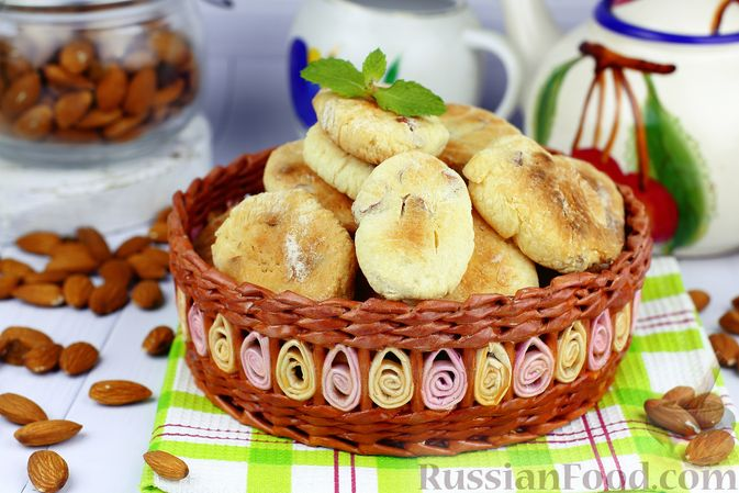Творожное печенье с орехами