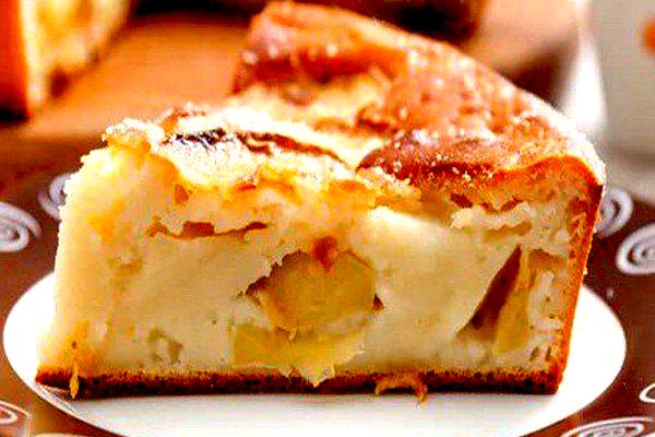 Быстрый заливной пирог с яблоками на майонезе