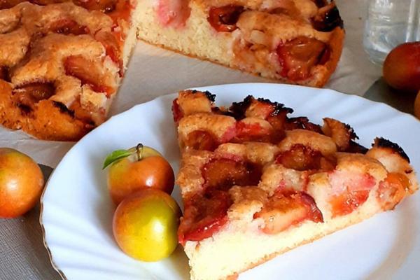 Вкусный и быстрый пирог со сливами